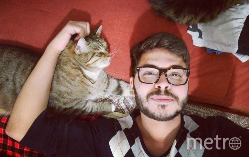 Арезбайджанец Эмиль ищет квартиру для двух котов, девушки и себя. Фото Instagram @emil_lime