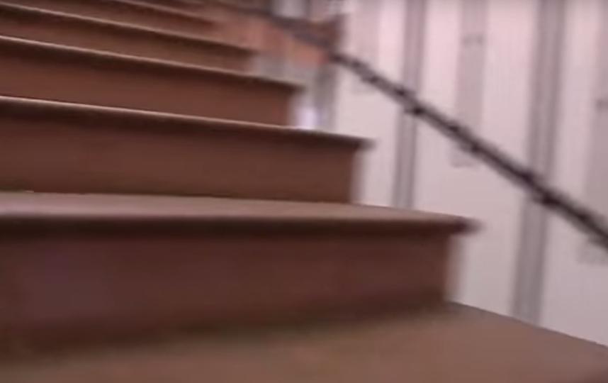 "Лестница в музее ""Стрелецкие палаты"". Фото Скриншот Youtube"