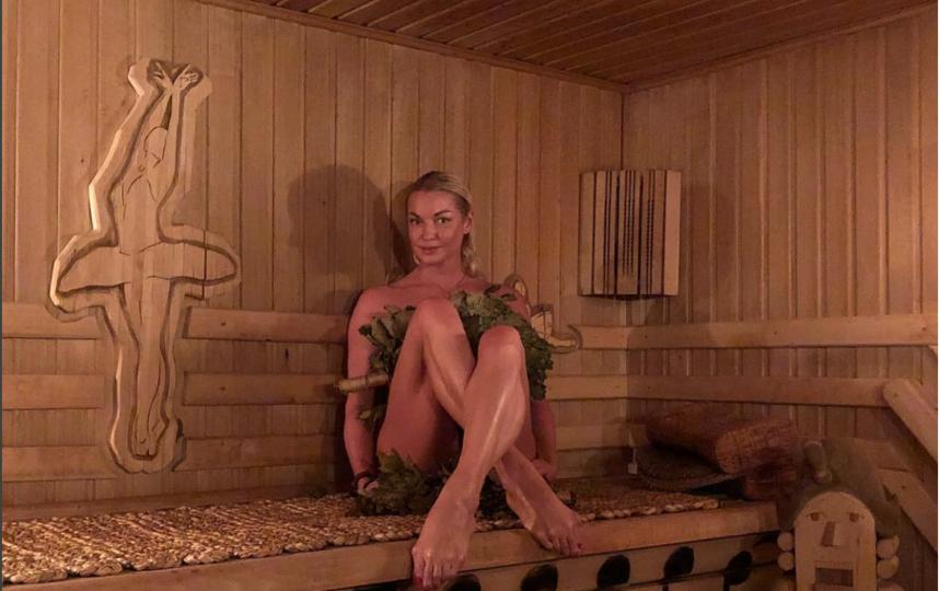 Волочкова часто выкладывает фото из бани. Фото instagram.com/volochkova_art
