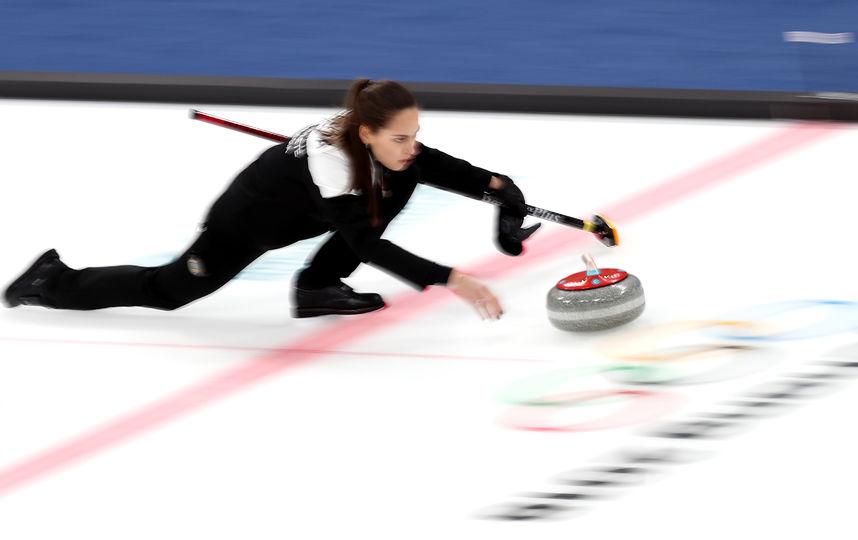 Выступление на Олимпиаде кёрлингистов. Фото Getty