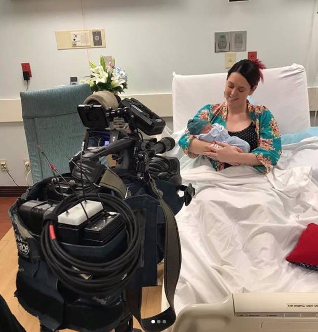 Кэссиди Проктор родила мальчика в прямом эфире. Фото Instagram @radiocassiday