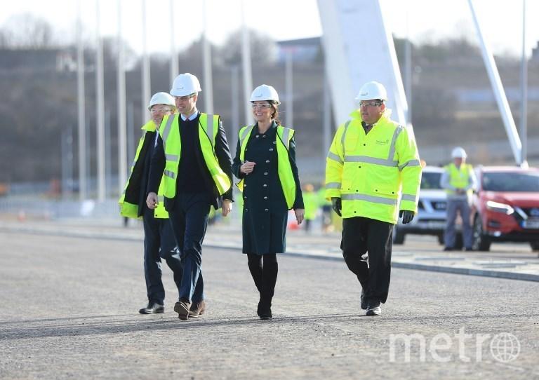 Герцогиня Кембриджская Кэтрин и принц Уильям на открытии моста Северный шпиль. Фото AFP