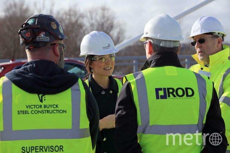Герцогиня Кембриджская Кэтрин на открытии моста Северный шпиль. Фото AFP