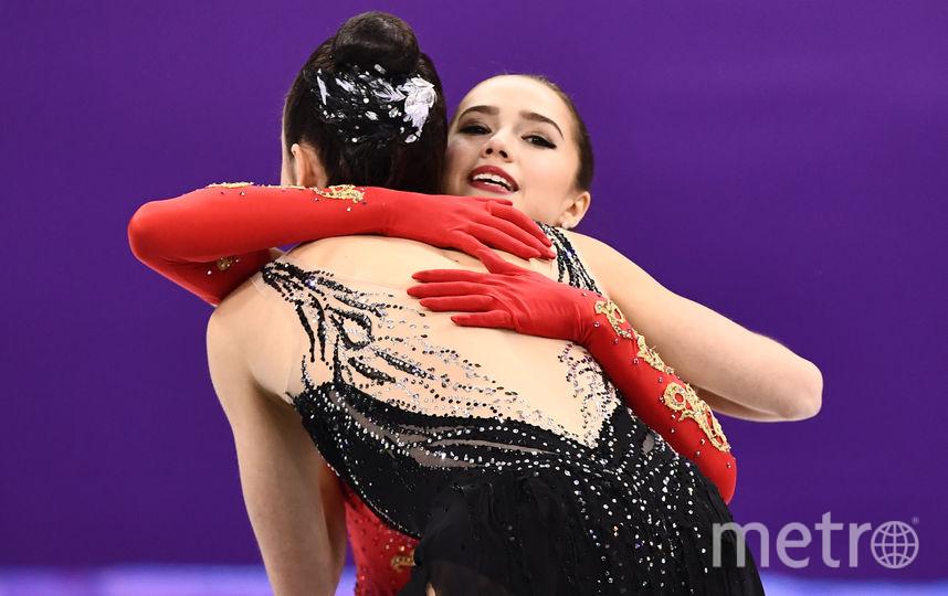 Алина Загитова и Евгения Медведева. Фото AFP