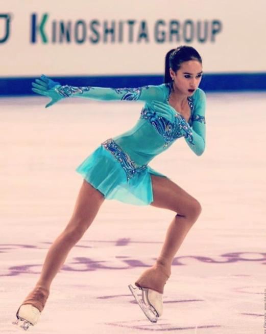 Алина Загитова. Фото Instagram @azagitova