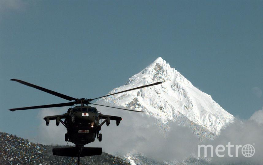 ВоФранцузских Альпах при падении соскалы умер тринадцатилетний лыжник