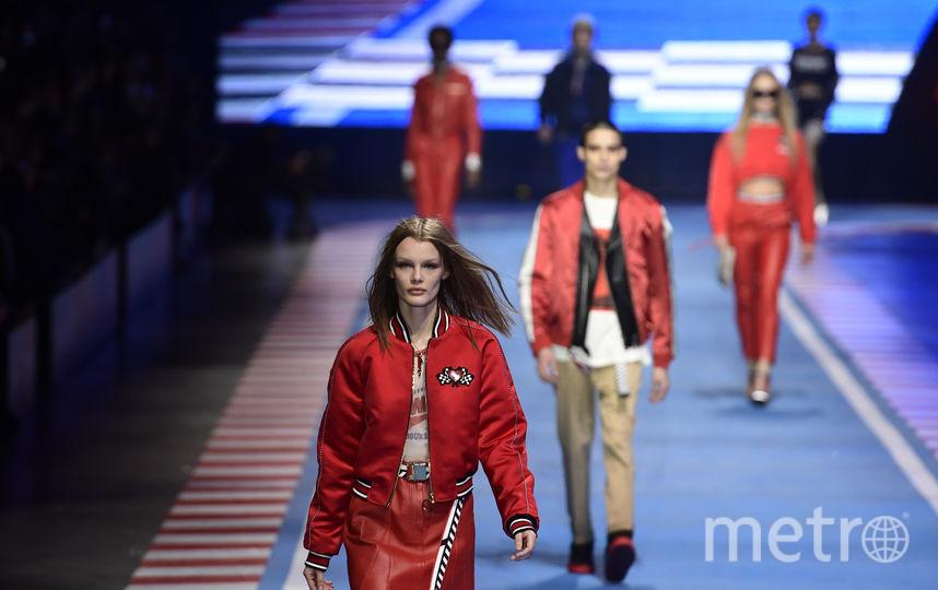 Показ Tommy Hilfiger на неделе моды в Милане. Фото AFP