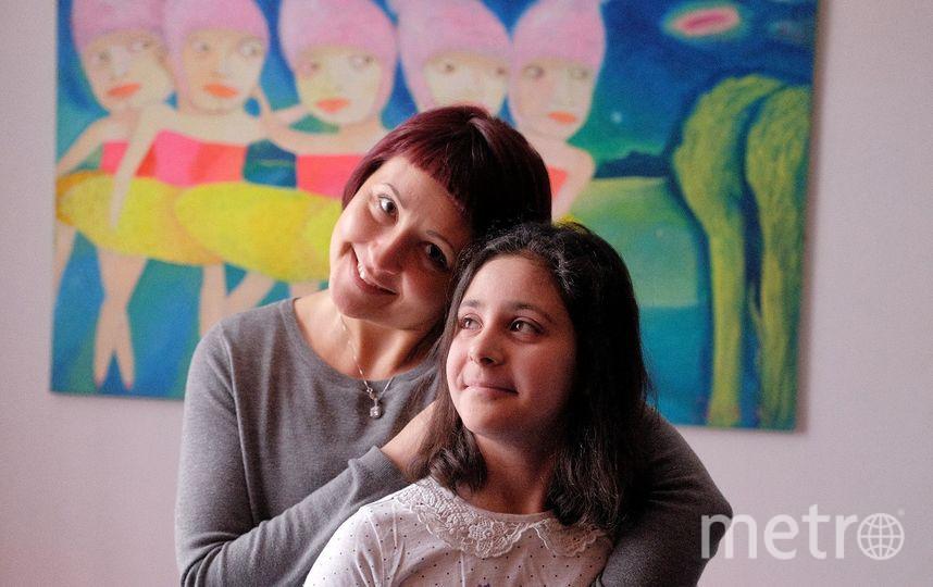 """Во время съёмок Еву всегда сопровождала мама. Фото Алена Бобрович, """"Metro"""""""