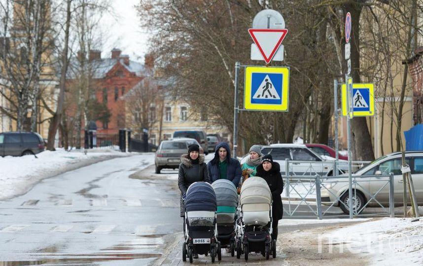 9 из 10 человек тратят маткапитал на жильё. Фото Александр Трофимов