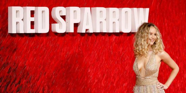 Дженнифер Лоуренс на премьере Красного воробья в Лондоне 20 февраля.