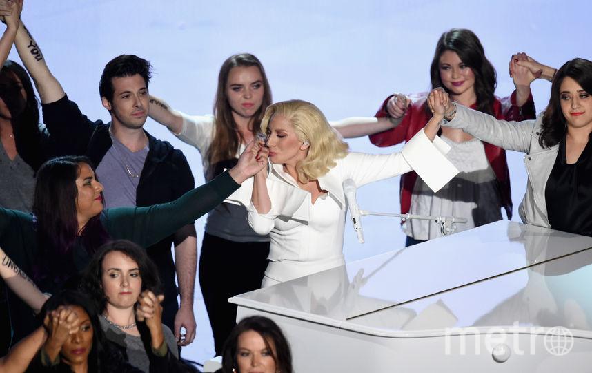 """Леди Гага на сцене """"Оскара"""" в 2016-м. Фото Getty"""