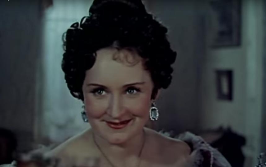"""""""На подмостках сцены"""" (1956). Фото Скриншот youtube.com/watch?v=RbND-Ocxcs4."""