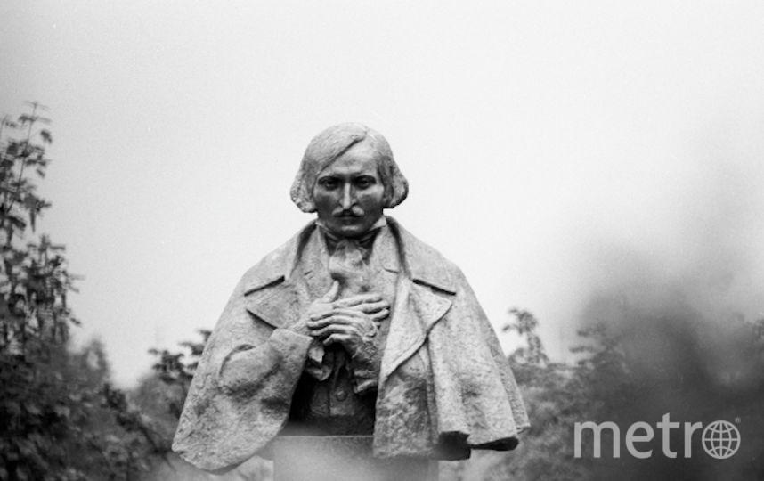 Памятник Николаю Васильевичу Гоголю. Фото РИА Новости