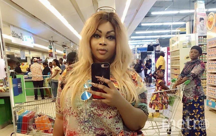 Африканская Ким Кардашьян. Фото www.facebook.com/eudoxie.yao
