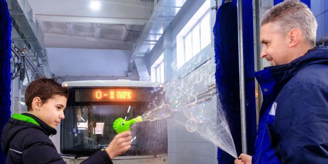 Фото выполнены в автобусных парках СПб ГУП