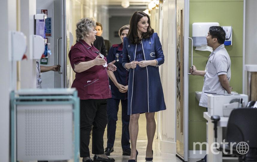 Герцогиня Кэтрин в Королевском колледже акушеров и гинекологов. Фото Getty