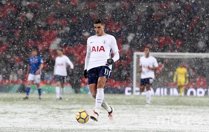 Эпичный снежный матч состоялся в Лондоне. Фото Getty