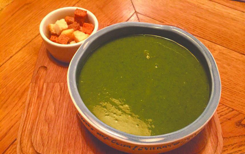 Крем-суп из шпината с лососем. Фото Анна Храмцова