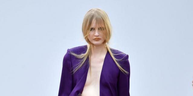 Шоу Guy Laroche на Неделе моды в Париже.