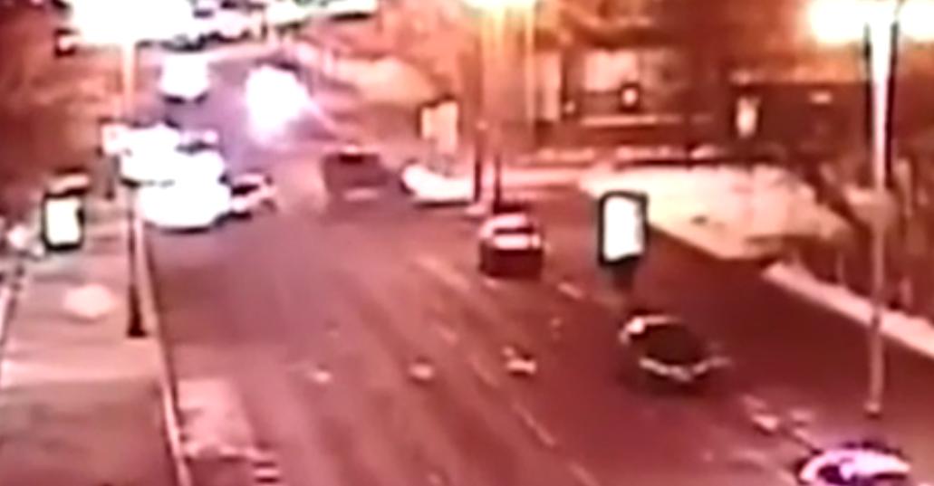 Вседорожный автомобиль охранника Тимати сгорел в российской столице