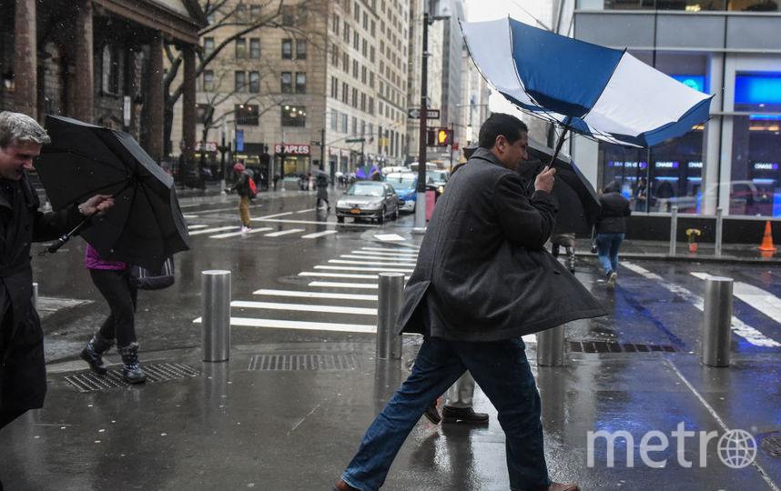 Шторм в США, обрушившийся в пятницу, 2 марта, набирает обороты,. Фото Getty