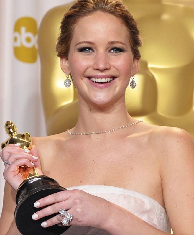 """Дженнифер Лоуренс, лауреат премии """"Оскар"""" - 2013."""