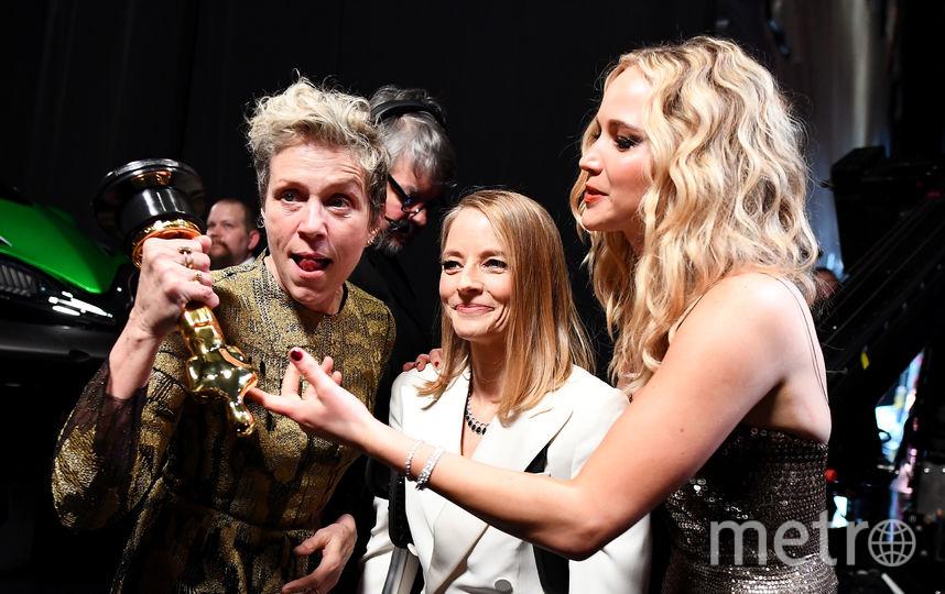 Фрэнсис МакДорманд , Джоди Фостер и Дженнифер Лоуренс на вручении премии Оскар. Фото Getty