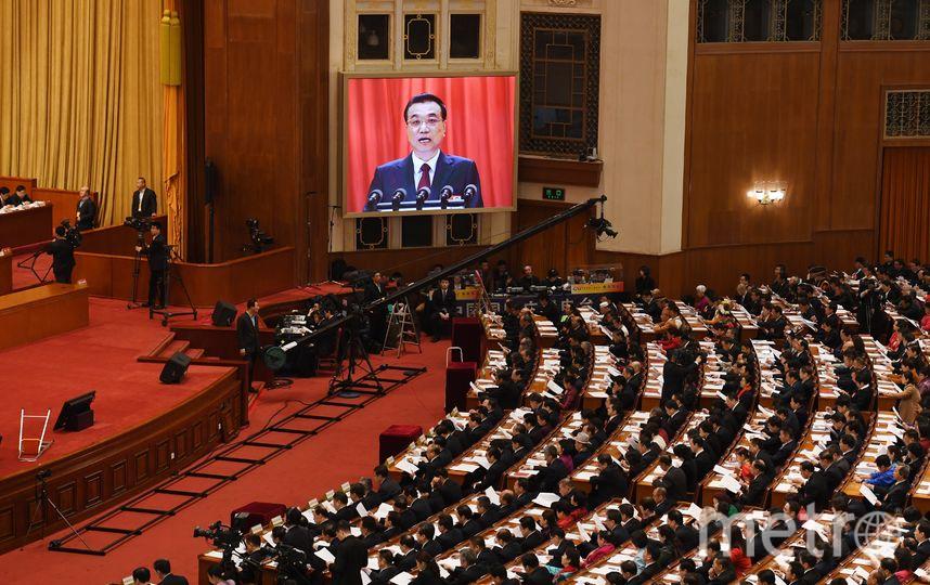 Открывая сессию Совета, премьер-министр заявил, что китайская армия должна стоять скалой перед лицом глубоких изменений в национальной безопасности. Фото AFP