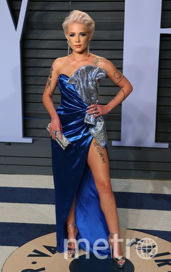 Певица Halsey на вечеринке Vanity Fair. Фото AFP