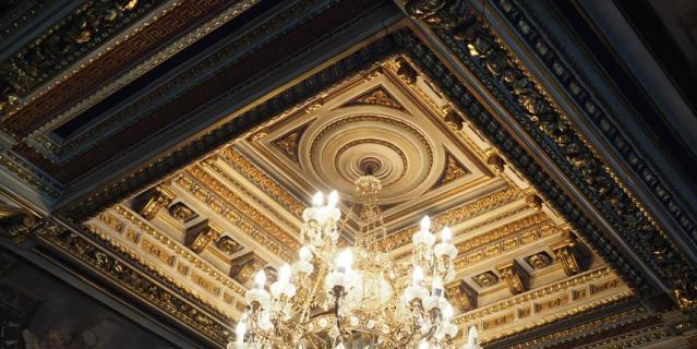 В доме Монферрана, где сейчас находится следственный комитет, отреставрируют два помещения.