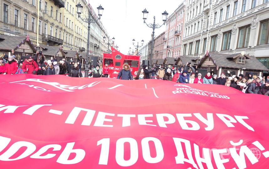 """Часы запустили на Малой Конюшенной. Фото Святослав Акимов, """"Metro"""""""