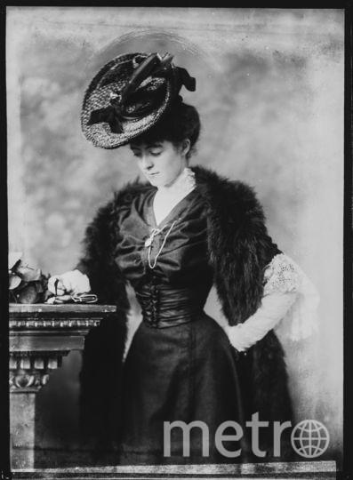 От корсета, самого древнего предмета гардероба, дошедшего до наших дней, женщины смогли избавиться лишь в начале XX века. До этого стандартом считалась талия не более 40 см. Фото Getty