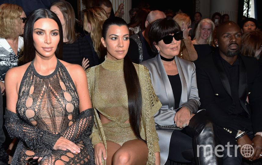Ким и Кортни Кардашьян и их мама Крис Дженнер. Фото Getty