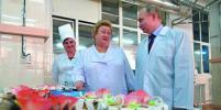 Владимир Путин отведал в Самаре круассаны «для Парижа»