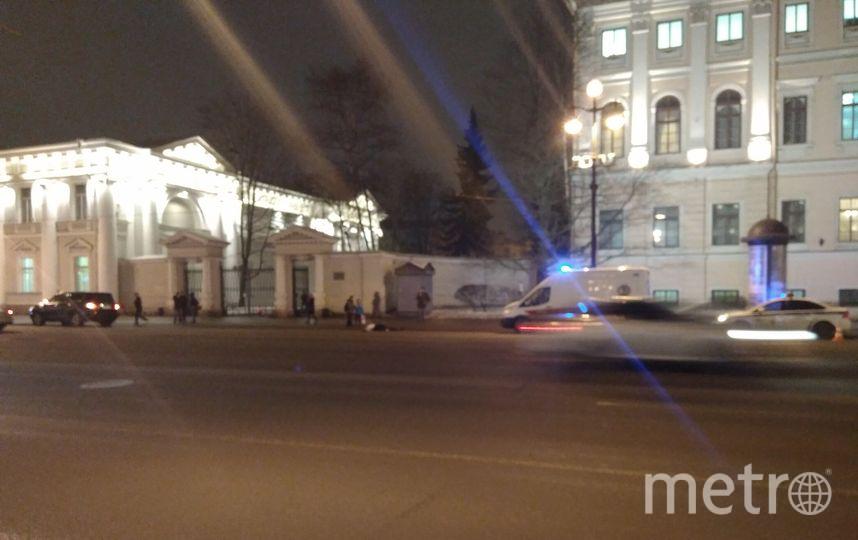 На Невском проспекте насмерть сбили человека: Фото происшествия. Фото ДТП и ЧП | Санкт-Петербург | Питер Онлайн | СПб