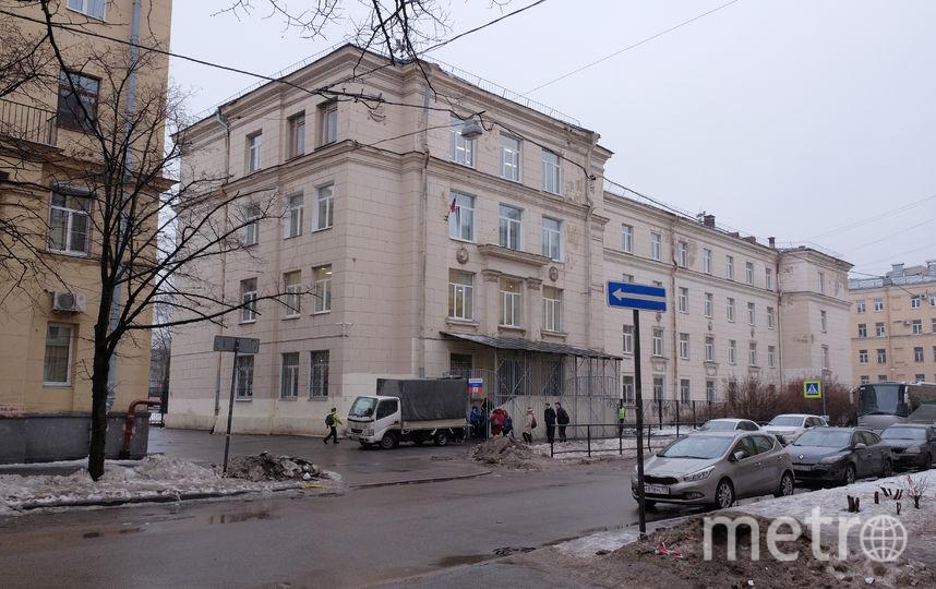 Школа №381.