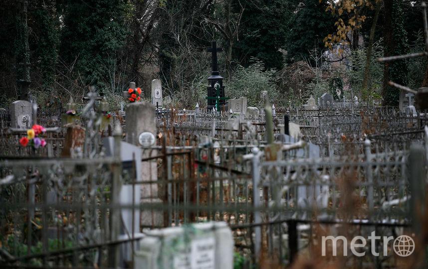 Выбор постоянного памятника на кладбище - непростая задача. Фото Getty