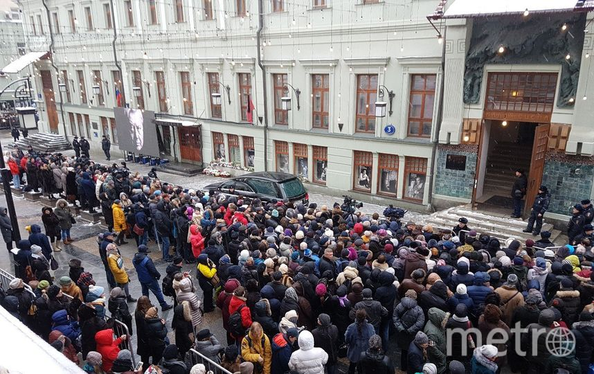 В МХТ имени Чехова простились с Олегом Табаковым. Фото Василий Кузьмичёнок