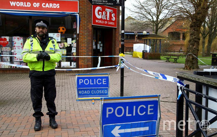 В городе работает полиция и войска химзащиты. Фото AFP