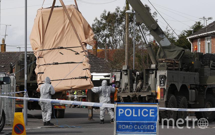 В городе работаюет полиция и войска химзащиты. Фото AFP