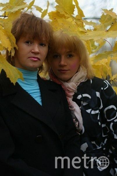 Слева моя супруга Надежда, с права дочь Катерина. Фото Woodi