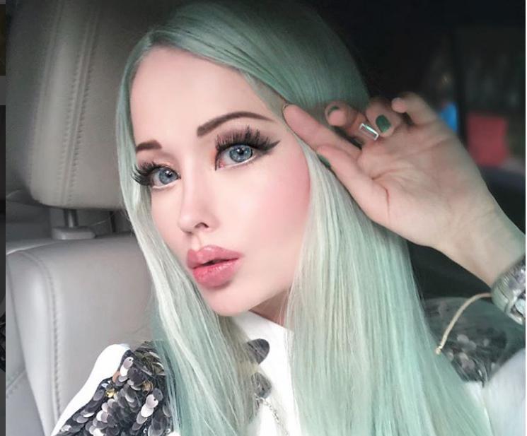 valeria lukyanova instagram - 745×617