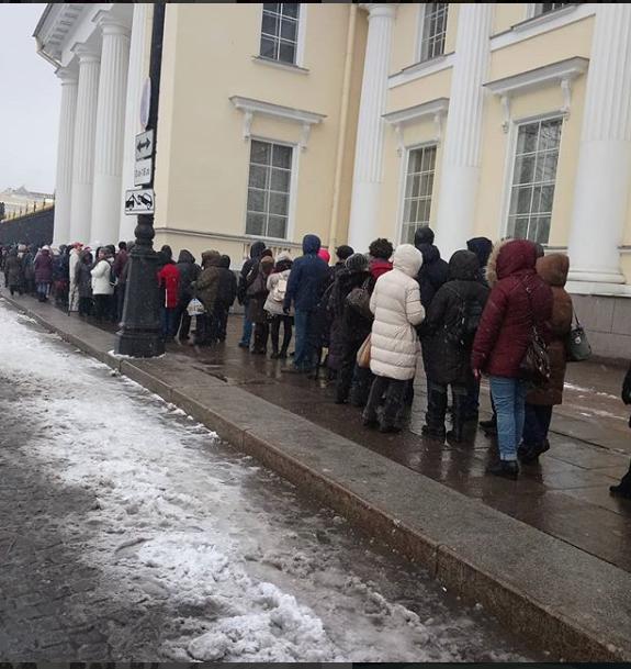 Очередь в Русский музей. Фото https://www.instagram.com