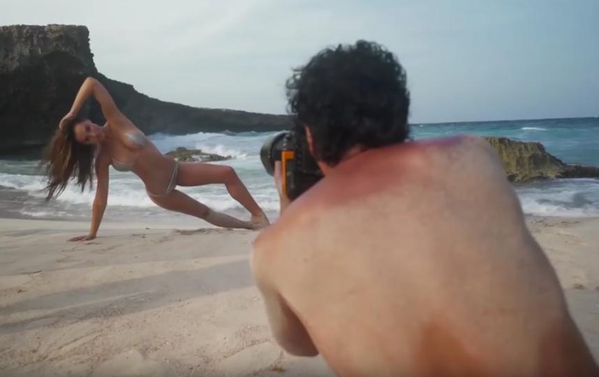 Алексис Рен на горячей фотосессии. Фото Скриншот Youtube