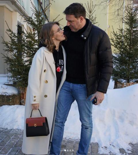 Ксения Собчак вместе с мужем Максимом Виторганом