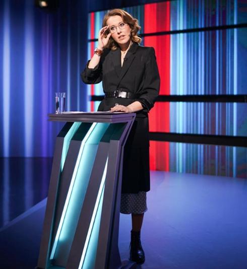 Ксения Собчак на теледебатах. Фото www.instagram.com/xenia_sobchak