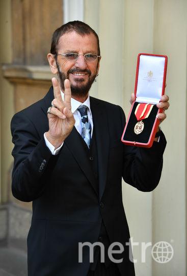 Ринго Старр получил награду из рук принца Уильяма. Фото Getty