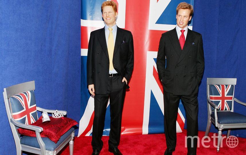 Скульптуры принца Гарри и принца Уильяма. Фото Getty