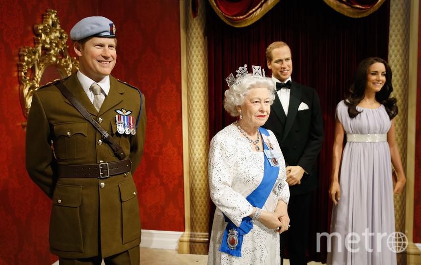 Скульптуры членов королевской семьи. Фото Getty