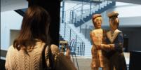 Посетителям Манежа в Петербурге разрешат трогать экспонаты